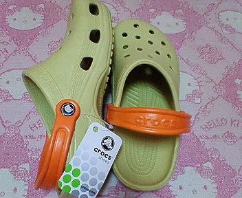 crocs×HelloKitty