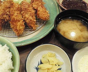 牡蠣フライ定食