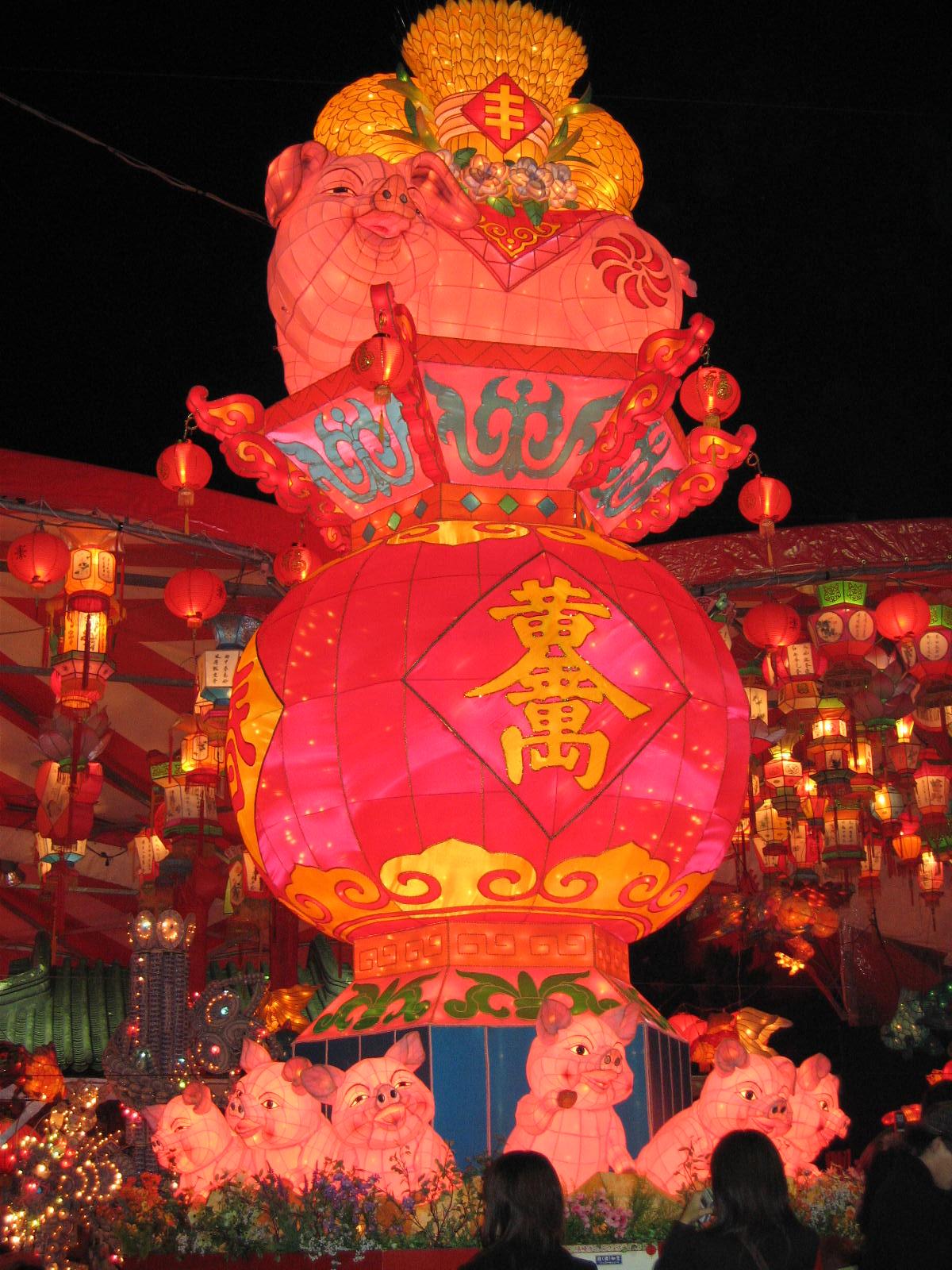 2007長崎ランタンフェスティバル 豚のオブジェ