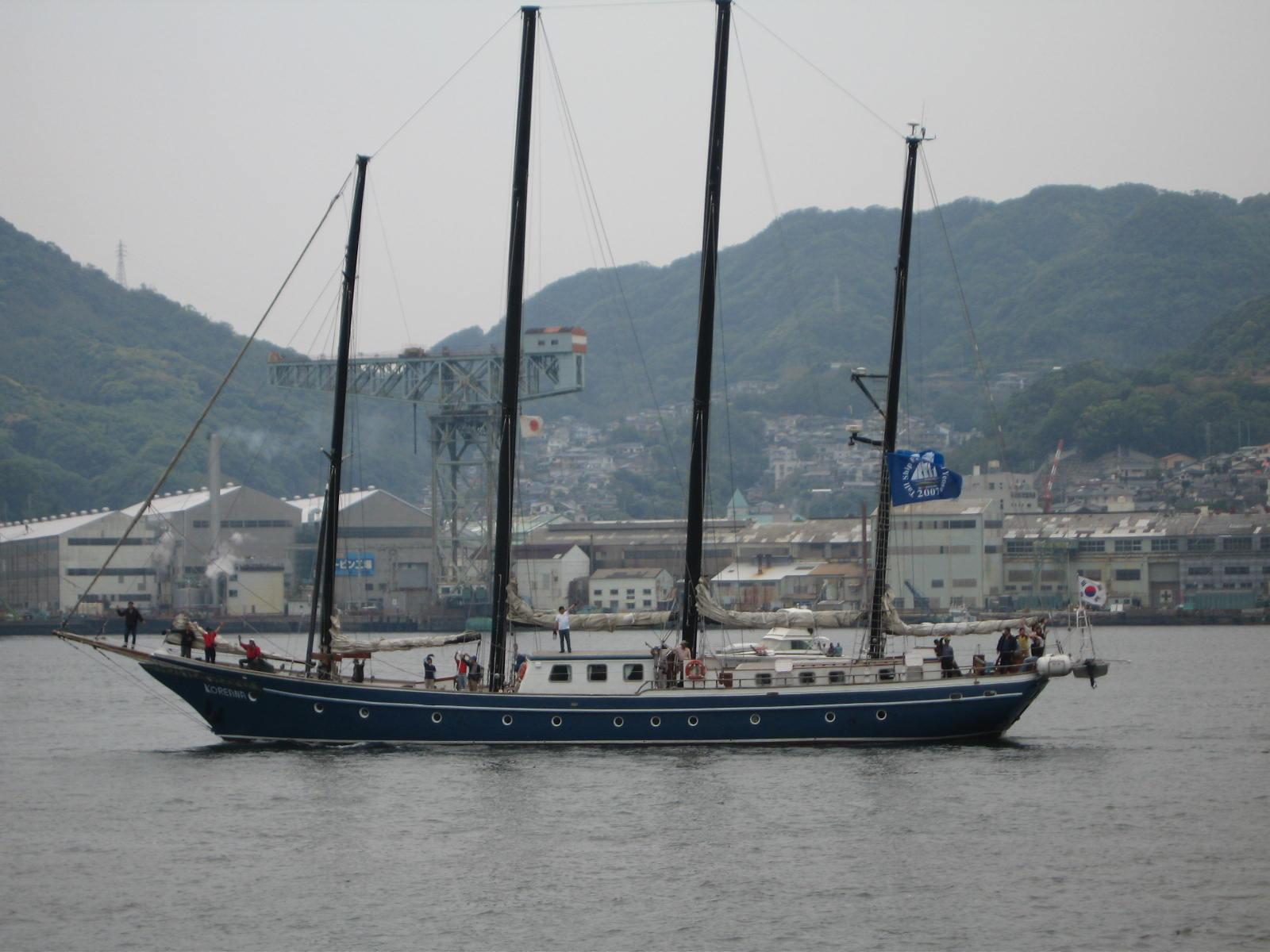 韓国船「コレアナ」