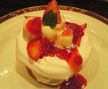 ふわふわ苺ショートケーキ